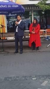 WEFA Uluslararası İnsani Yardım Organizasyonu Almanya'nın Stadtallendorf şehrinde sokak iftarı düzenledi. Arakan yararına organize edilen iftar programına 800 kişi katıldı.