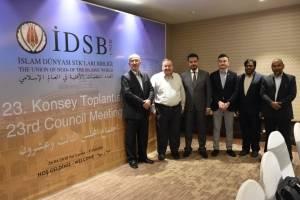 """WEFA Uluslararası İnsani Yardım Organizasyonu Genel Başkanı Musab Aydın Sri Lanka'da 28 Nisan tarihinde düzenlenen """"İDSB 23. Konsey Toplantısı""""na katıldı."""