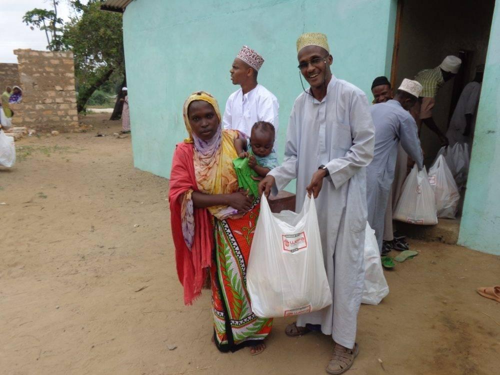 Afrika, Asya, Balkanlar, Orta Doğu ve Türkiye'deki ihtiyaç sahibi ailelere WEFA, bu ramazanda da kumanya yardımında bulunacak.