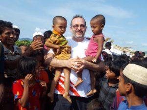 WEFA'nın mayıs ayında gerçekleştirdiği Bangladeş ziyaretine katılan Hasan Özdemir ülke izlenimlerini bizlerle paylaştı.