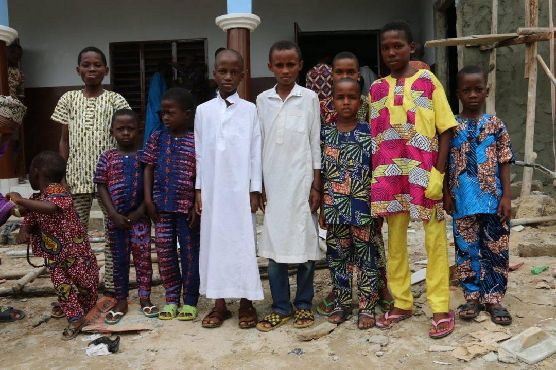 WEFA Uluslararası İnsani Yardım Organizasyonu Benin'in en büyük şehri olan Cotonou'daki cami inşaatını tamamladı. Cami ramazan ayının ilk cuma günü cuma namazıyla birlikte ibadete açıldı.