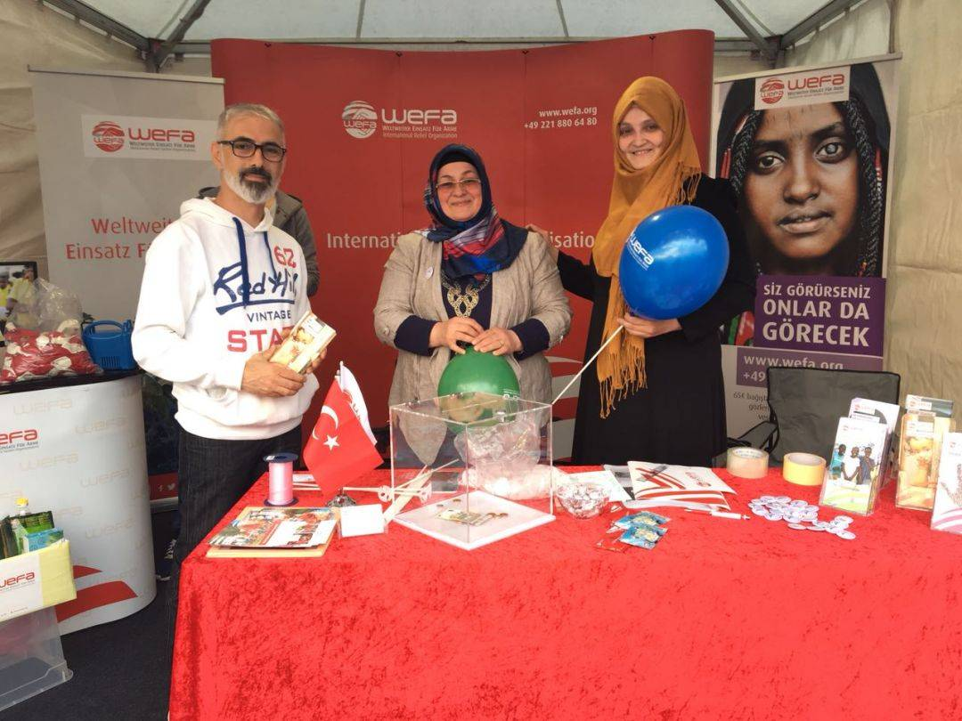 WEFA, Ramazan Kampanyası kapsamında yaptığı çalışmalara hız kesmeden devam ediyor. Her sene ramazan ayında farklı şehirlerde kurduğu stantlarda hayırseverleri ağırlayan WEFA, bu ramazanda Duisburg Pippolino, Frankfurt Kulturfest ve Dortmund Festi Ramazan etkinliklerinde hayırseverlerle buluşuyor.