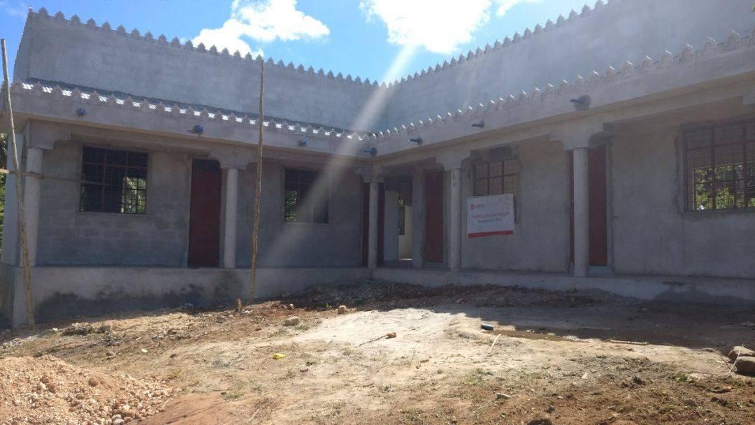 WEFA Uluslararası İnsani Yardım Organizasyonu'nun yetimlere yönelik çalışmaları hız kesmeden devam ediyor. Tanzanya'nın Zanzibar adasında medrese inşaatına başlayan WEFA projenin tamamlanması hâlinde bölgedeki yetimlerin Kur'ân-ı Kerîm ile dinî bilgileri öğrenmelerine vesile olacak.