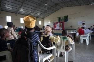 WEFA, Tanzanyalı Yetimlere Kıyafet Hediye Etti
