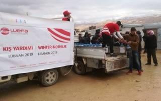 Lübnan'ın kuzeydoğusunda mültecilerin yaşadığı Arsal Kampı'nda WEFA, gıda paketi, battaniye, kışlık giysi, mazot ve sünger yatak yardımında bulundu.