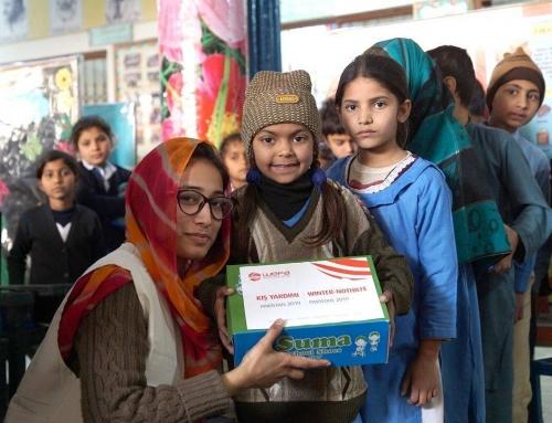 Pakistanlı Çocuklar WEFA'nın Kış Yardımıyla Isındı
