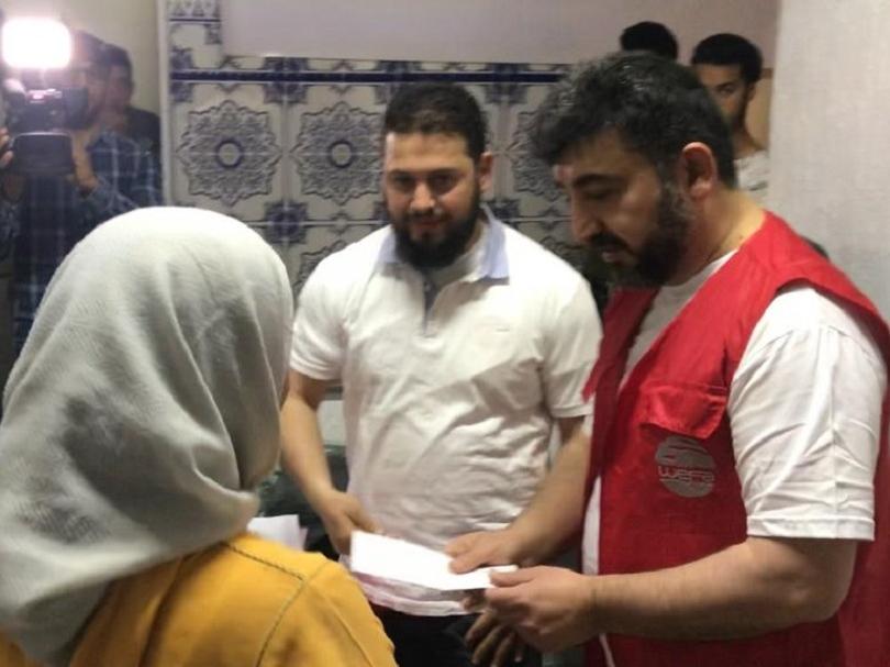 Ramazan yardımları kapsamında dünyanın farklı yerlerindeki muhtaçları ziyaret edip, yardım dağıtan WEFA ekipleri, Fas'taki ihtiyaç sahiplerini de unutmadı.