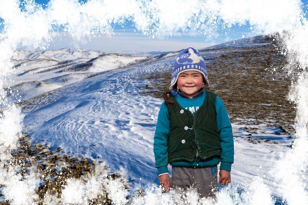 Soğuk kış aylarında maddi imkânsızlıklar nedeniyle ısınma sorunu yaşayan ailelere her yıl kış yardımında bulunan WEFA, bu sene 9 farklı ülke ve bölgede yardım çalışmalarını gerçekleştirecek.