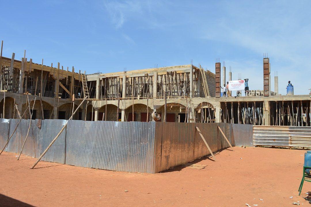 Dünyanın farklı yerlerinde kalıcı eserler inşa eden WEFA Uluslararası İnsani Yardım Organizasyonu'nun Burkina Faso'da hayata geçireceği okul projesine Avrupalı hayırseverden tam destek geldi.