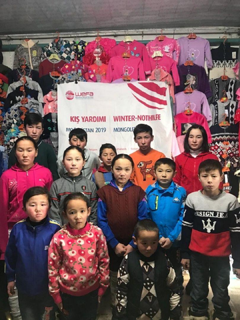 Daima mazlum ve mağdurun yardımına koşan WEFA Uluslararası İnsani Yardım Organizasyonu her yıl kış yardımları kapsamında Moğolistan'daki yoksul ailelere de çeşitli yardımlar ulaştırmaktadır. Bu sene de Moğolistan'da kış yardımı gerçekleştirecek olan WEFA, dondurucu soğuklarla mücadele etmek zorunda kalan insanların kışlık ihtiyaçlarını giderecek.