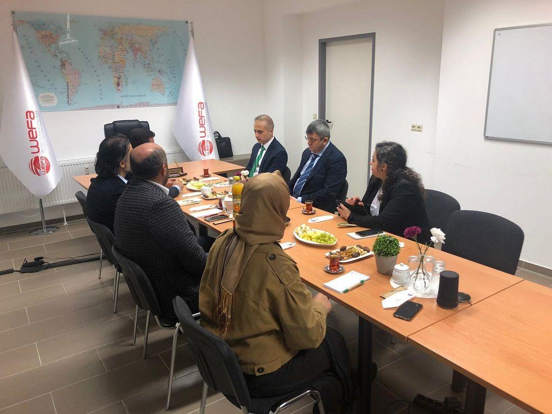 T.C. Köln Başkonsolosu B. Ceyhun Erciyes, WEFA Uluslararası İnsani Yardım Organizasyonu'na ziyaret gerçekleştirdi.