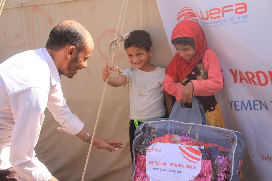 Krizin ciddi boyutlara ulaştığı Yemen'de insanlar kış mevsimini endişeyle bekliyor. Ocak ayında Yemen'e gidecek olan WEFA Uluslararası İnsani Yardım Organizasyonu bu yıl da Yemen'e kış yardımı ulaştıracak.