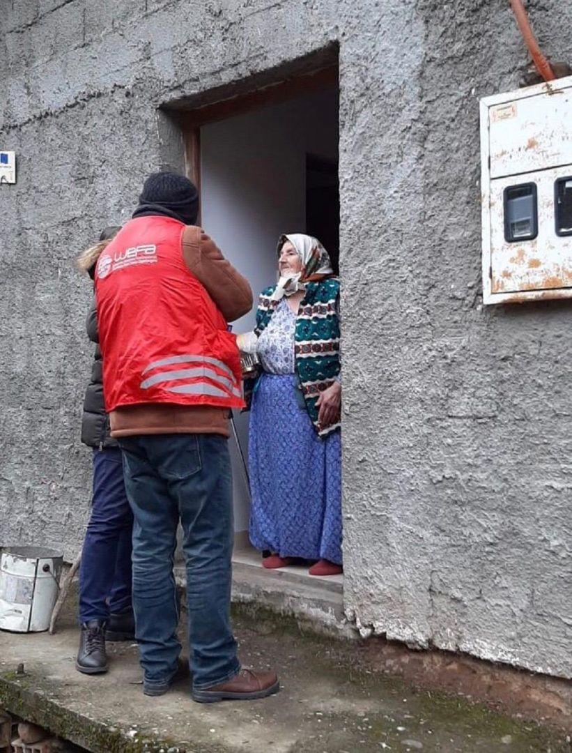 Yemek Yardımı: Bosna-Hersek'teki Mültecilere Yardım Eli - WEFA e.V.