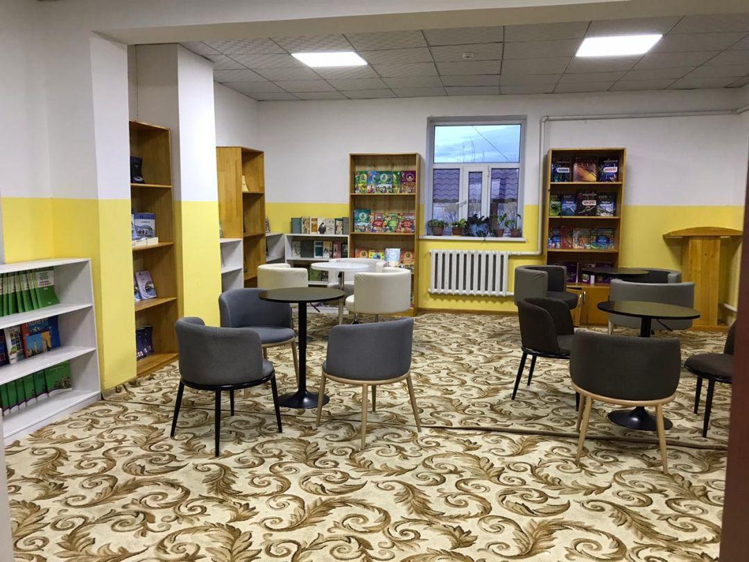 """De WEFA International Humanitarian Aid Organization lanceerde het """"Bibliotheekproject"""" met de slogan """"Mooie Toekomst met Boeken"""" in Mongolië, en heeft een bibliotheek gebouwd voor de wezen die verblijven in het weeshuis in de provincie Bayan-Ölgii."""