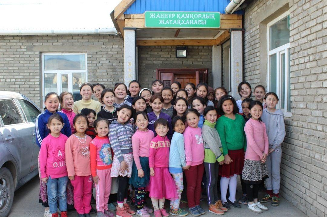WEFA'nın Moğolistan'daki yetimhanesinde bu yıl Ramazan ayı buruk geçiyor. Çocuklardan ayrı geçen Ramazan ayını şöyle anlatıyor yetimanedeki hocalar: