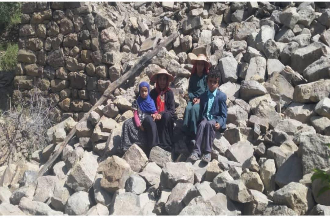 Yemen'de 2019 yılında gerçekleşen sel felaketinin ardından evi yıkılan bir aile için WEFA Uluslararası İnsani Yardım Organizasyonu yeniden ev inşa edecek.