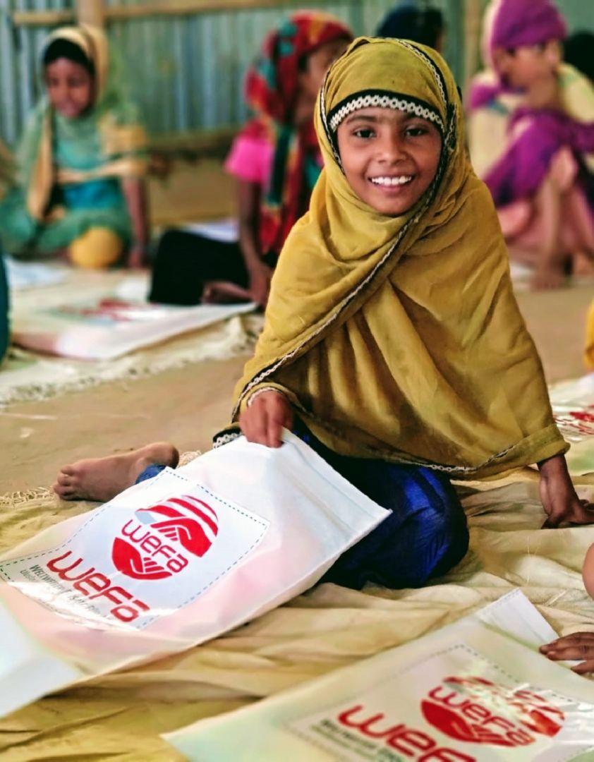 Kurban Bayramı'nın yaklaşmasıyla birlikte yardım çalışmalarına hız veren WEFA Uluslararası İnsani Yardım Organizasyonu bu bayramda da yetimlere bayramlık kıyafet hediye edecek.