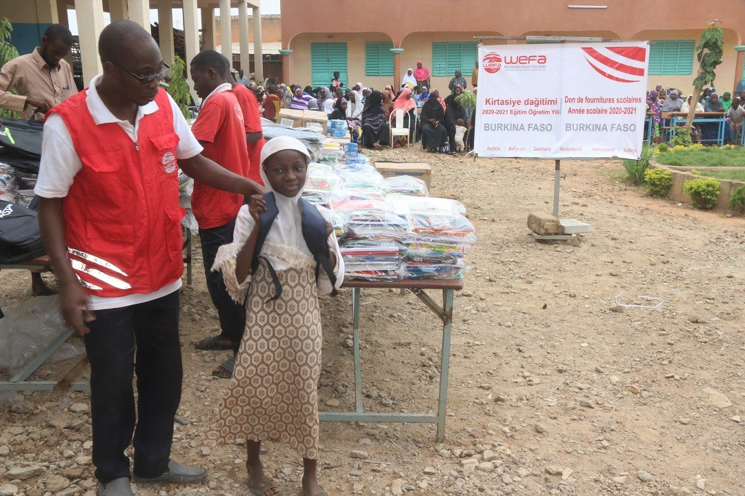 Kindern in Afrika helfen